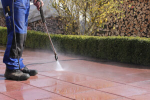 Are You Thinking About Starting a Pressure Washing Company? Get the Facts about What You Need to Know